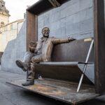 MUSICA: la scultura di Lucio Dalla torna a Milo sull'Etna