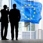 Nuovi tirocini retribuiti per giovani nelle istituzioni dell'UE, via alle domande